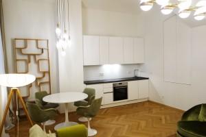 1010-apartment-wien-nibelungengasse-kueche