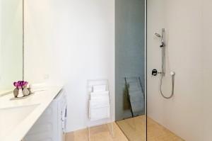1010-apartment-wien-bognergasse-badezimmer