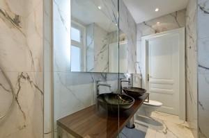 1010-apartment-wien-stubenring-badezimmer